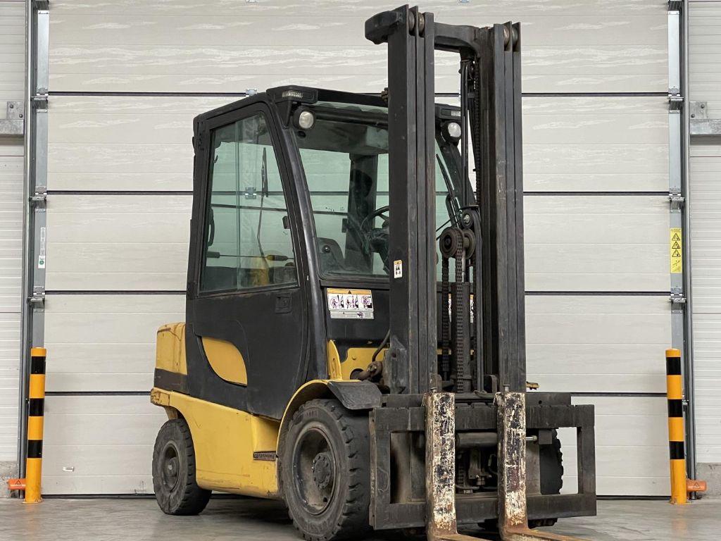 Yale-GDP30VX-Dieselstapler www.lifthandling.com