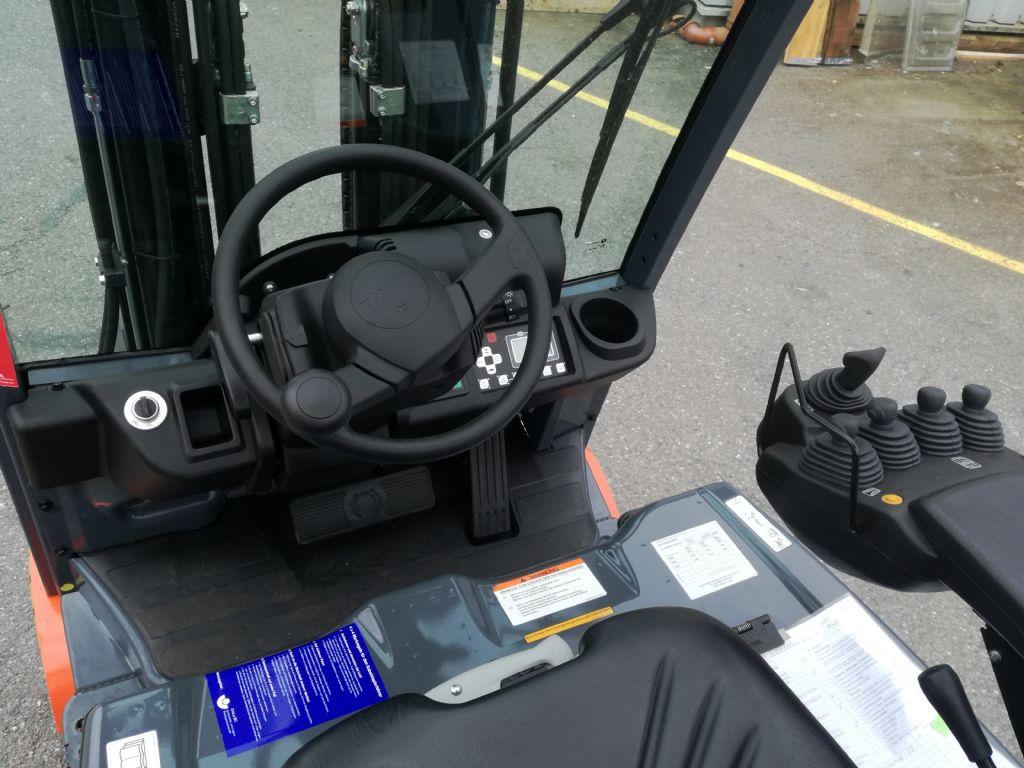 Toyota 8FBE 16T Elektro 3 Rad-Stapler loeffler-gabelstapler.de