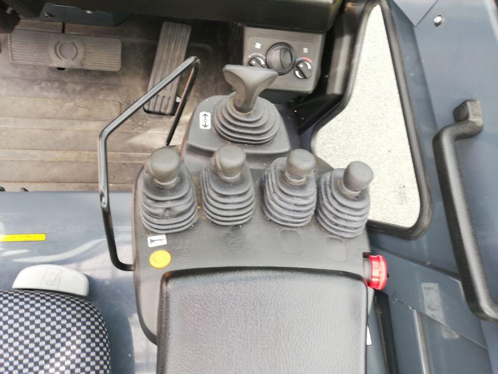 Toyota 8FBMT40 Elektro 4 Rad-Stapler dregab.de