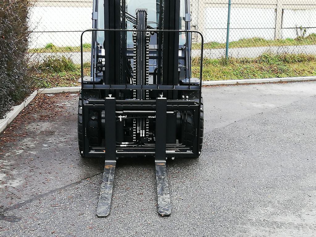 Toyota 02-8FDF30 Dieselstapler loeffler-gabelstapler.de