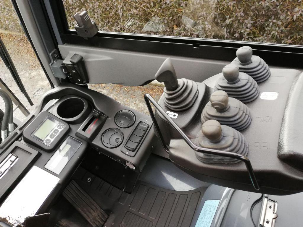 Toyota 02--8FDJF35 Dieselstapler loeffler-gabelstapler.de