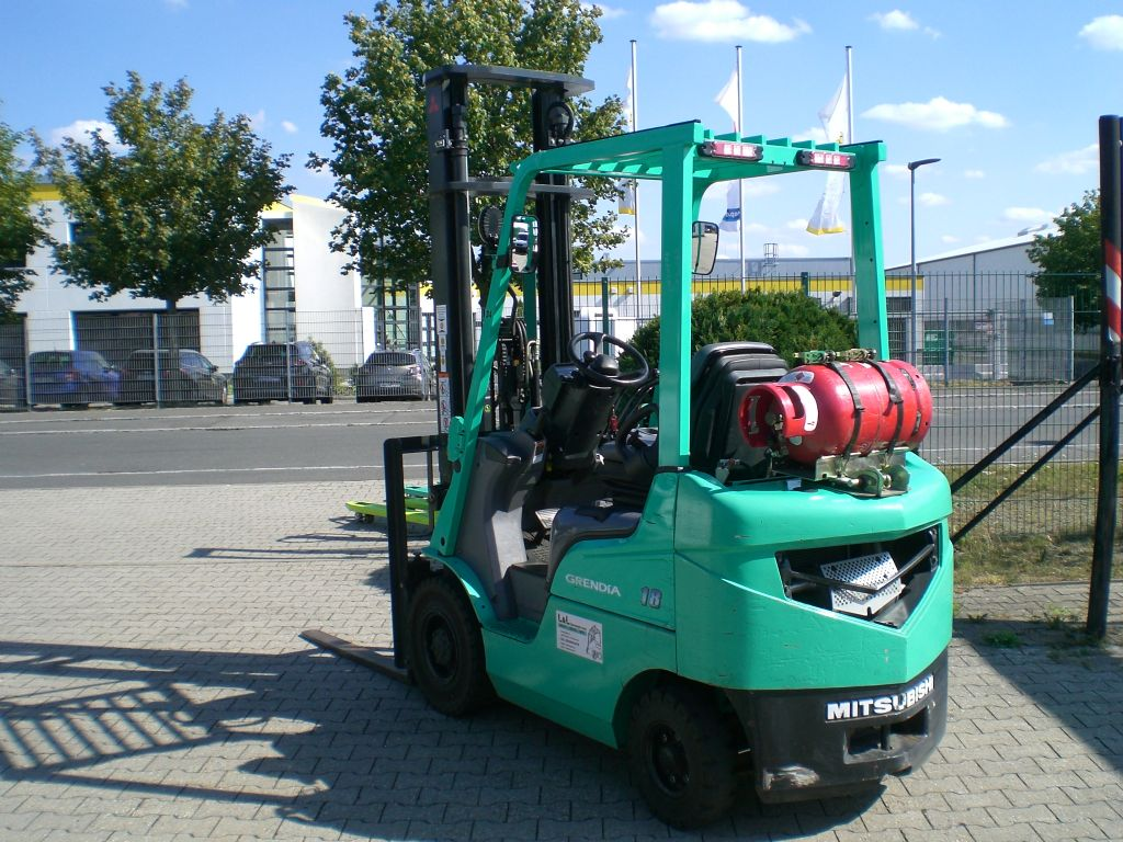Mitsubishi-FG 18 N-Treibgasstapler www.l-l-gabelstapler.de