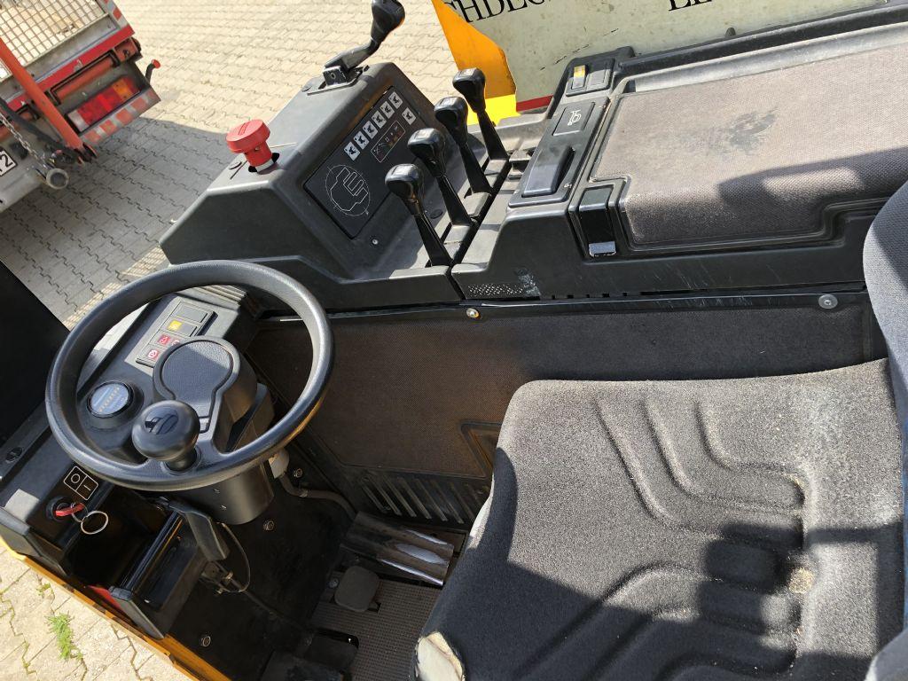 Jungheinrich-ETVQ 20 - G - 530 DZ-Vierwege Schubmaststapler www.l-l-gabelstapler.de