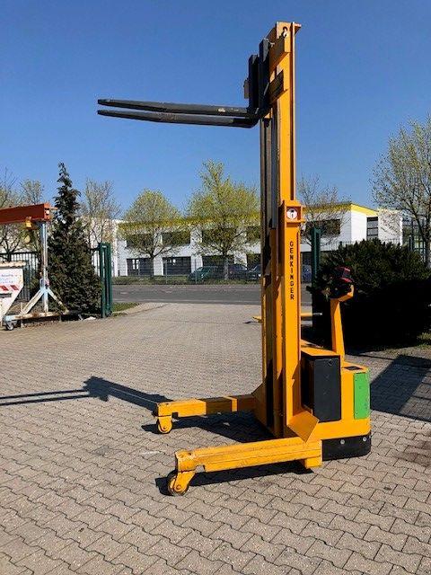 Genkinger-EGPL 16/26 WR-Elektro Seitenstapler www.l-l-gabelstapler.de
