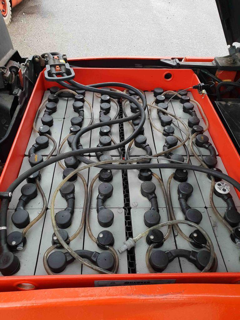 Linde-E16H-01-Elektro 3 Rad-Stapler-www.mc-stapler.at