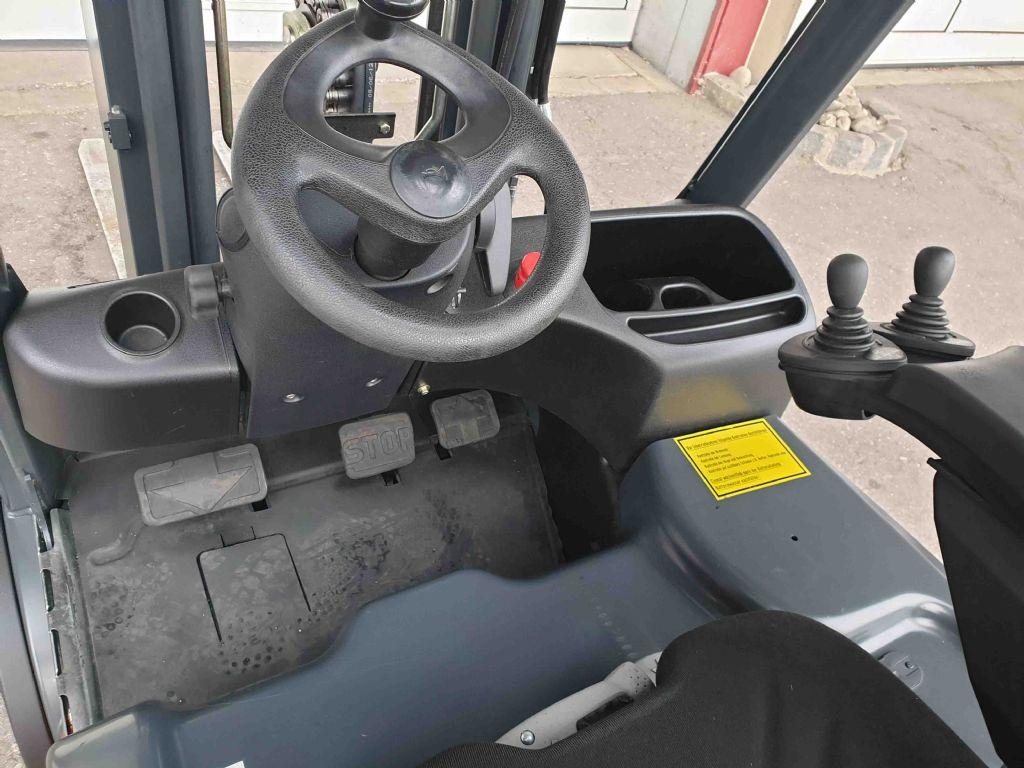 Linde-E20PL-01-Elektro 4 Rad-Stapler-www.mc-stapler.at
