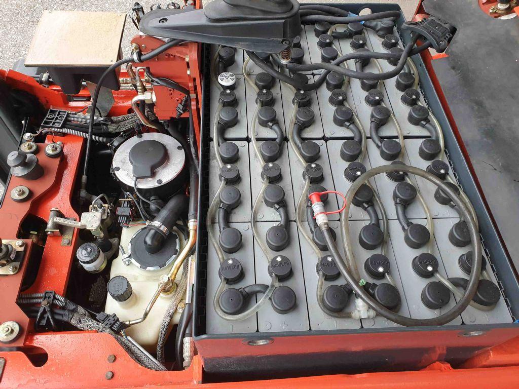 Linde-E14-02-Elektro 3 Rad-Stapler-www.mc-stapler.at