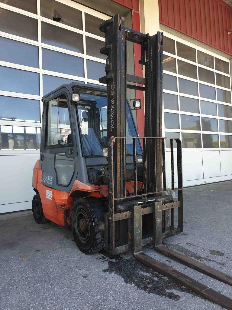 Toyota-62-7FDF25-Dieselstapler-www.mc-stapler.at