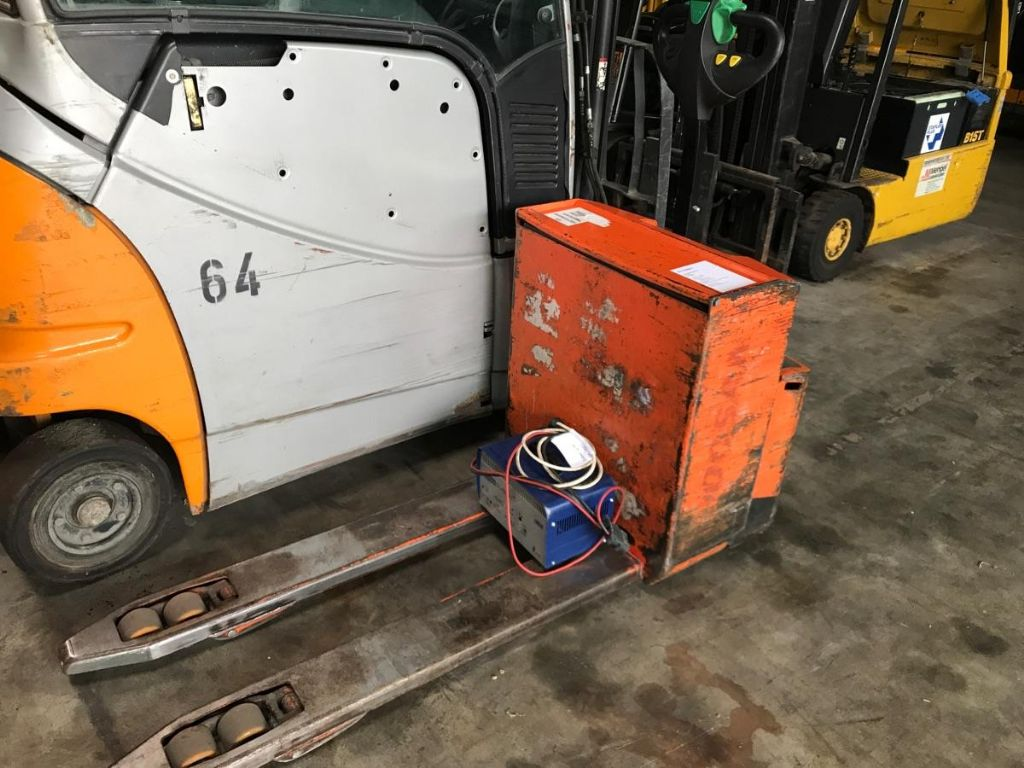 Doosan-LEDH 20-Electric Pallet Truck-www.mengel-gabelstapler.com