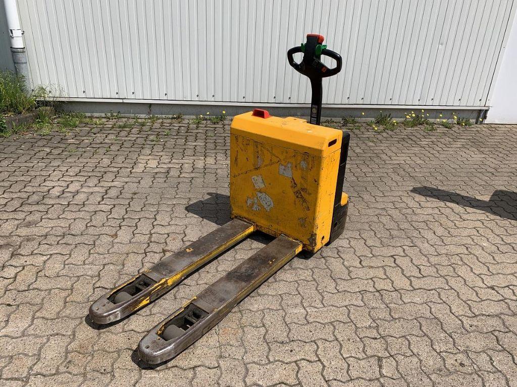 Jungheinrich-ELE 16 / 10.230 Std.-Electric Pallet Truck-www.mengel-gabelstapler.com