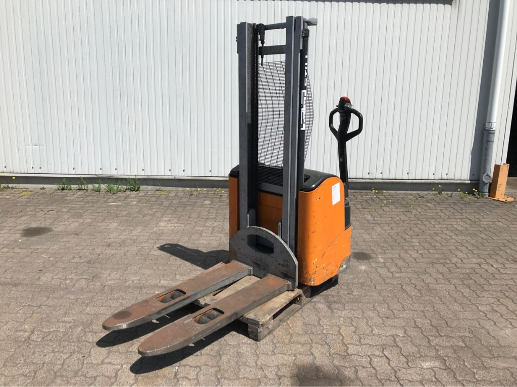 Still-EHV 14-High Lift stacker-www.mengel-gabelstapler.com