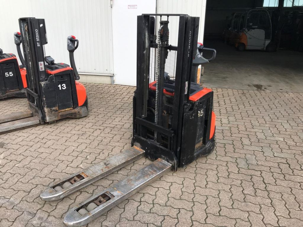 BT-SWE 200 D-High Lift stacker-www.mengel-gabelstapler.com