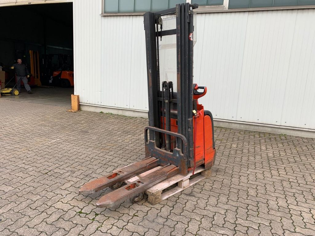 Linde-L 14-High Lift stacker-www.mengel-gabelstapler.com