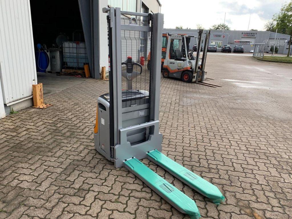 Still-EXV 14 C / 1.930 Std.-High Lift stacker-www.mengel-gabelstapler.com