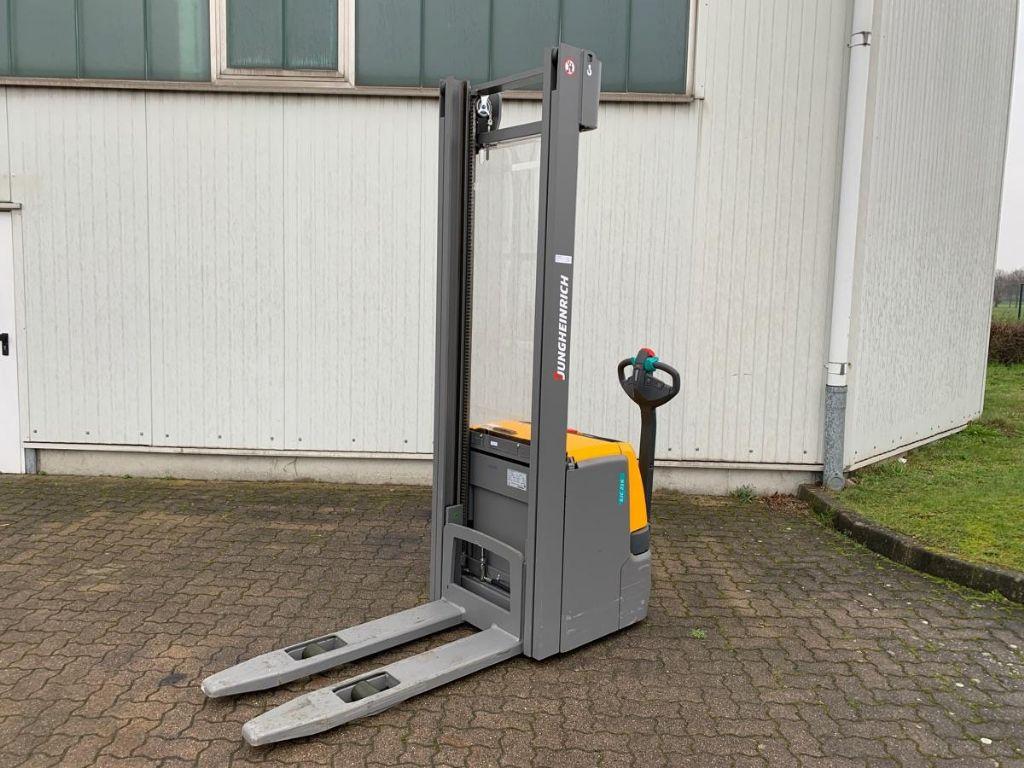 Jungheinrich-EJC 216 / 3 Std.-High Lift stacker-www.mengel-gabelstapler.com