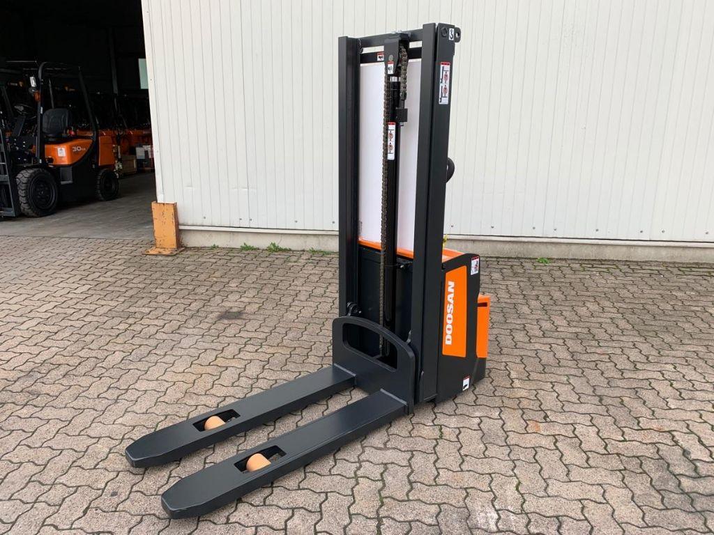 Doosan-BSL 13S-7C / *Neu*-High Lift stacker-www.mengel-gabelstapler.com