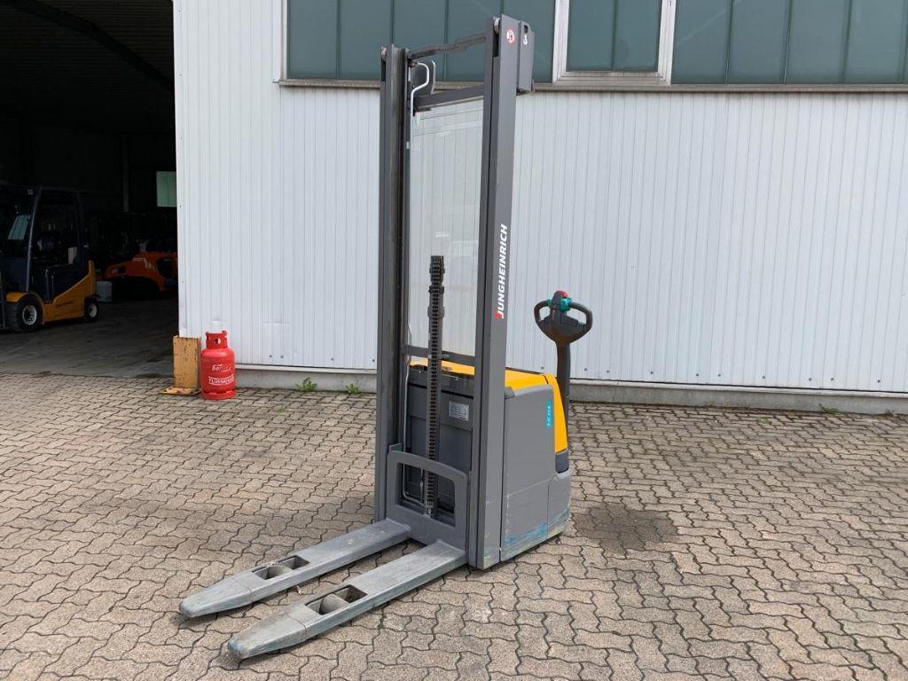 Jungheinrich-EJC 214 / 250 Std.-High Lift stacker-www.mengel-gabelstapler.com