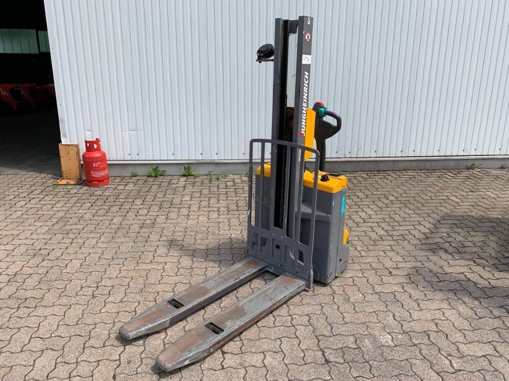Jungheinrich-EMD 115i / 3.270 Std.-High Lift stacker-www.mengel-gabelstapler.com