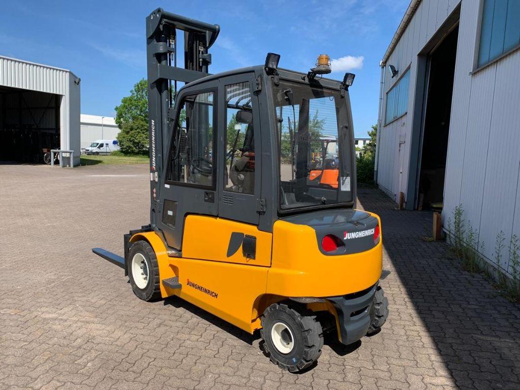 Jungheinrich-EFG 550 / 7.810 Std.-Elektro 4 Rad-Stapler-www.mengel-gabelstapler.de
