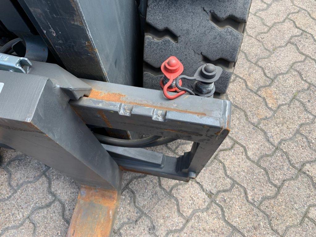 Still RX 60-40 Electric 4-wheel forklift www.mengel-gabelstapler.de