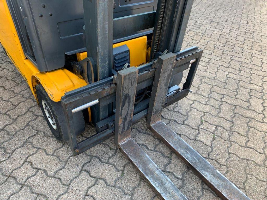 Jungheinrich EFG 316k Elektro 4 Rad-Stapler www.mengel-gabelstapler.de