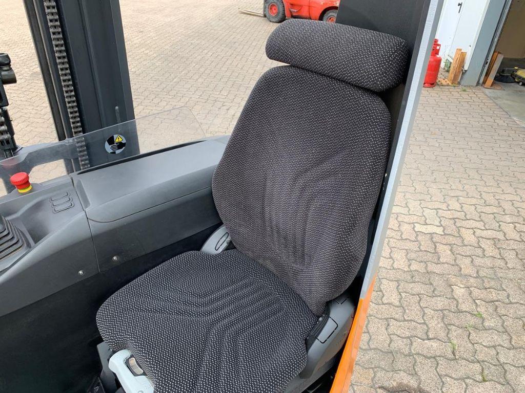 Still-FM-X 14 / 1.770 Std.-Reach Truck-www.mengel-gabelstapler.com