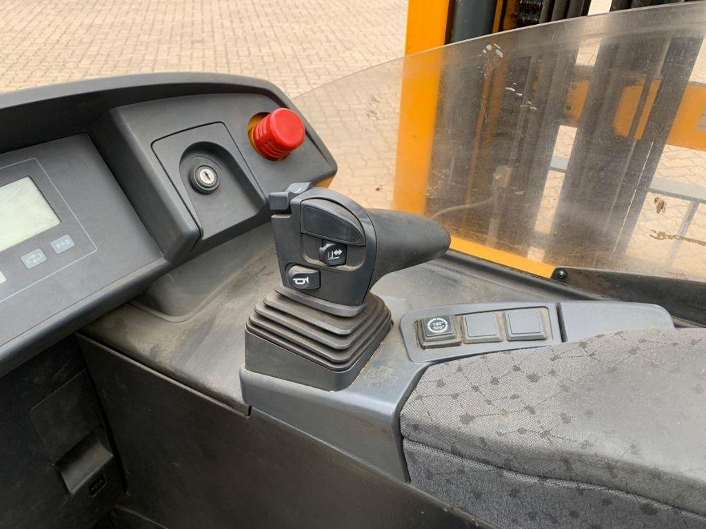 Jungheinrich-ETV 214-Reach Truck-www.mengel-gabelstapler.com