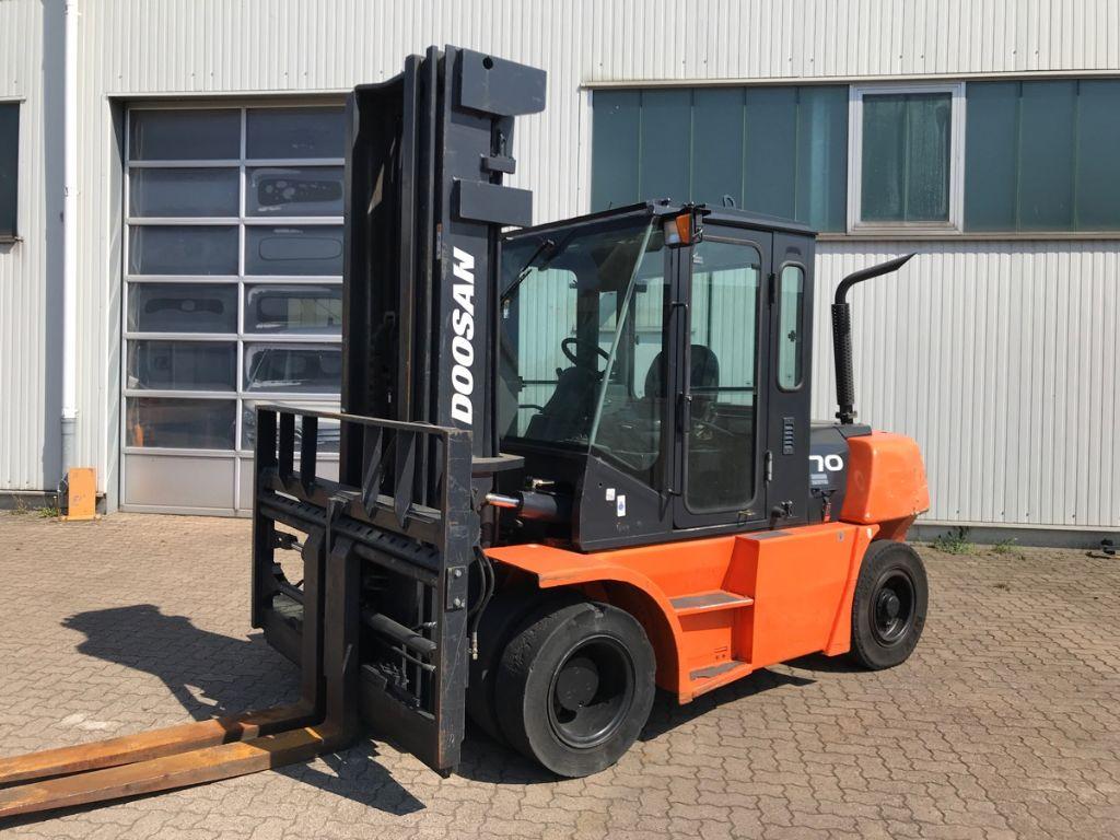 Doosan-D 70 S-5-Dieselstapler-www.mengel-gabelstapler.de