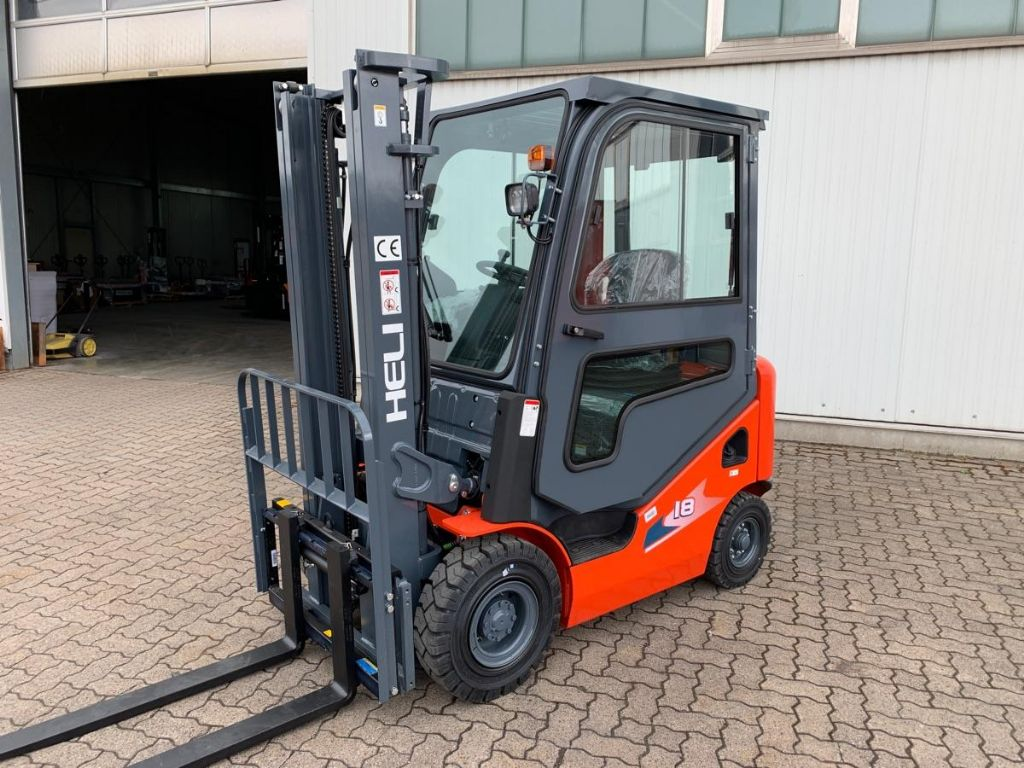 Heli-CPCD18-KU18H-Diesel Forklift-www.mengel-gabelstapler.com