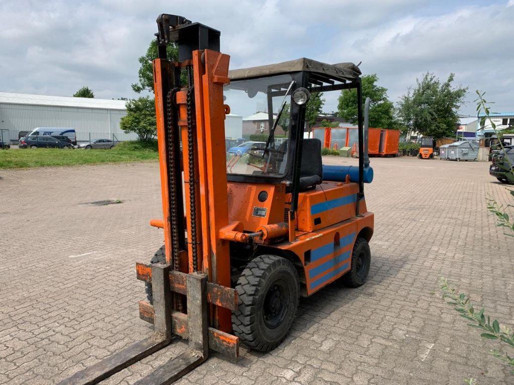 Toyota 02-FD 30 Diesel Forklift www.mengel-gabelstapler.de