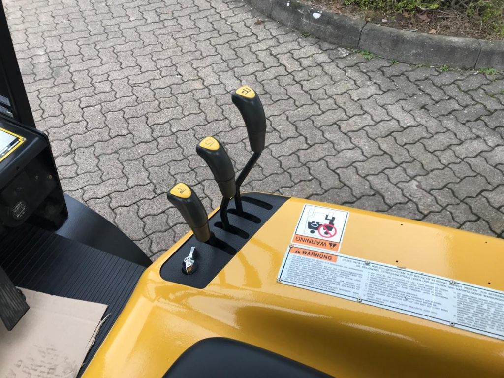 Daewoo-G 20 SC-Treibgasstapler-www.mengel-gabelstapler.de