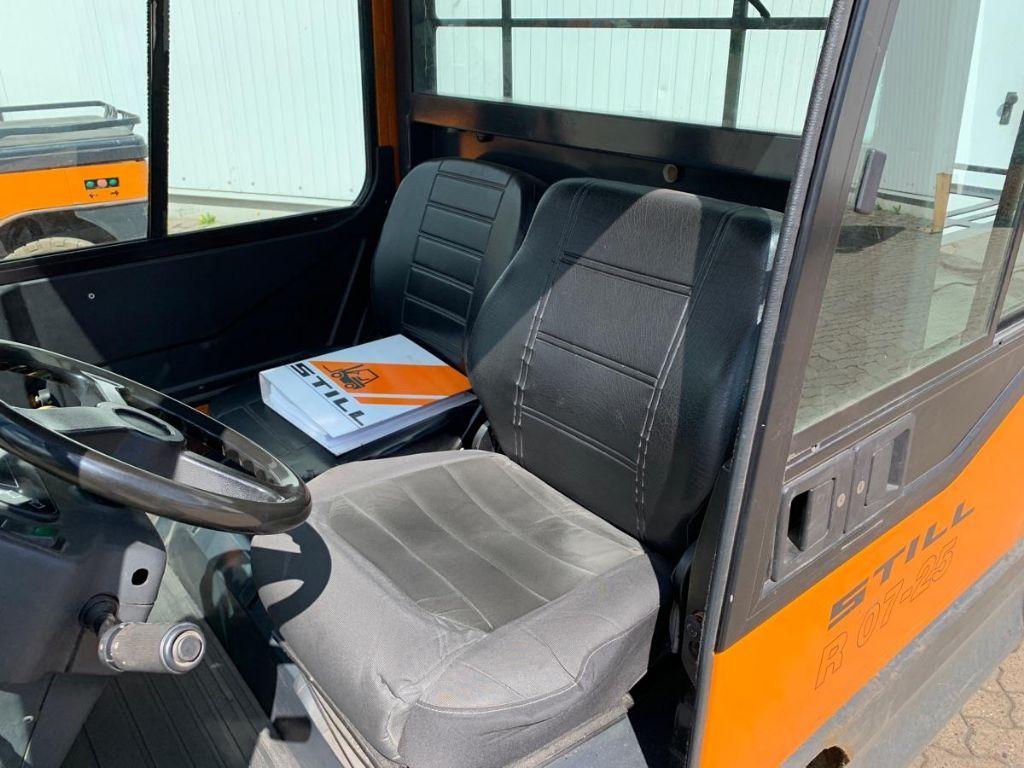 Still R 07-25 Tow Tractor www.mengel-gabelstapler.de