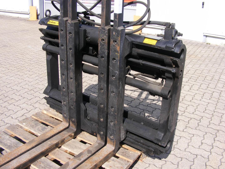 Stabau S7-DPK 50-S Multi-pallet handler www.mengel-gabelstapler.de