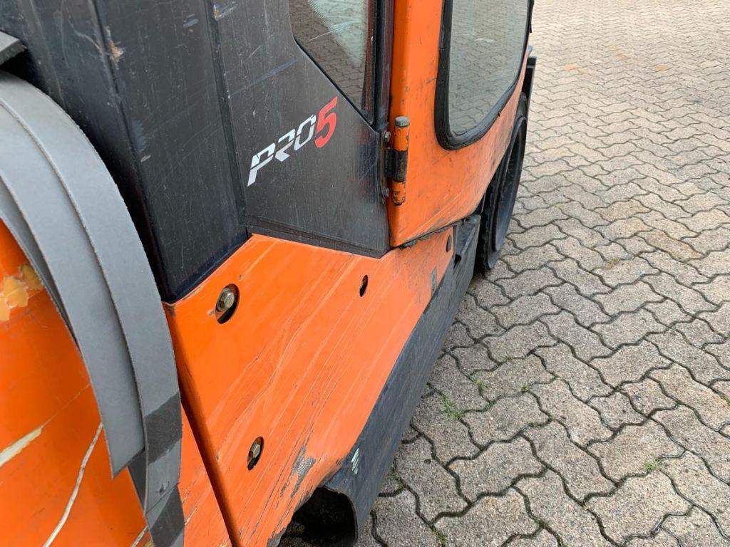 Doosan-D 30 S-5 Plus-Dieselstapler-www.mengel-gabelstapler.de