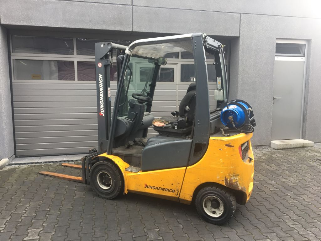 Jungheinrich-TFG 316-LPG Forklifts-www.mengel-gabelstapler.com