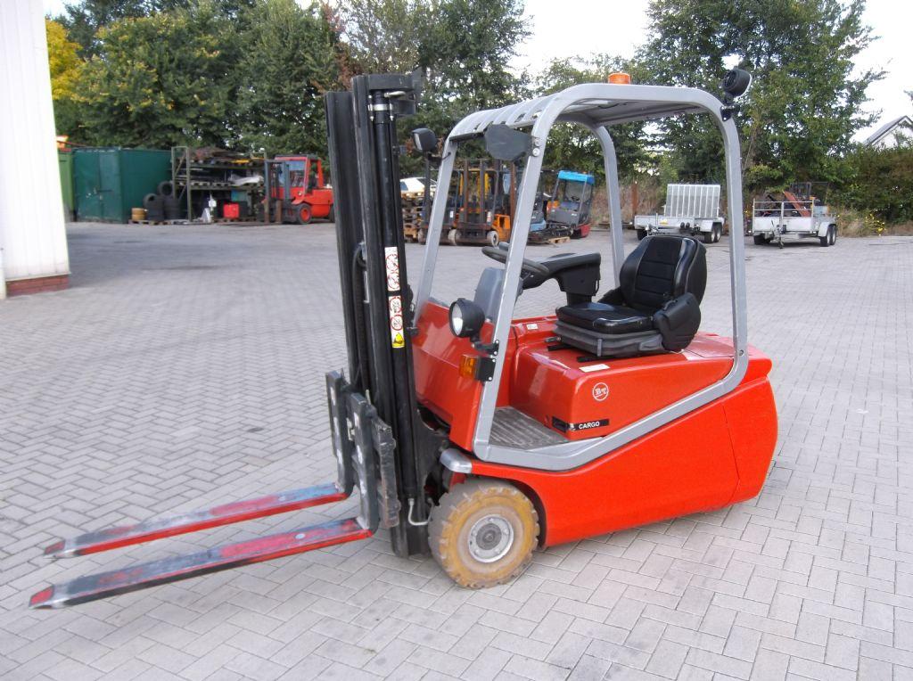 BT-C3E160-Elektro 3 Rad-Stapler-www.gabelstapler-molde.de