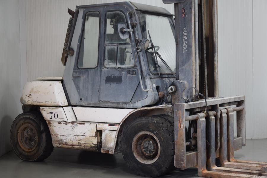 Toyota 5FD60 Diesel Forklift www.mtc-forklifts.com