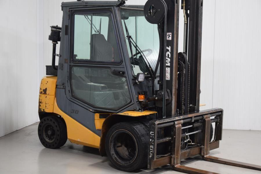 TCM FD30T6 Diesel Forklift www.mtc-forklifts.com