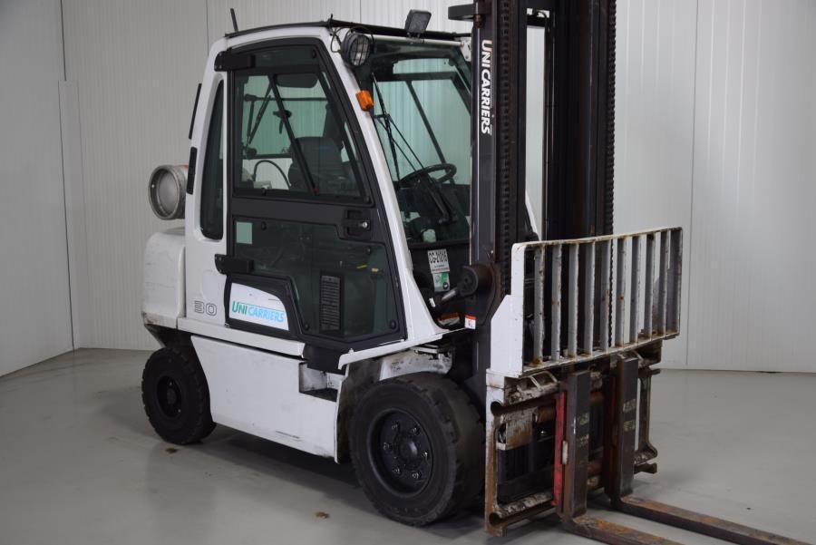 Unicarriers UG1D2A30LQ LPG Forklifts www.mtc-forklifts.com