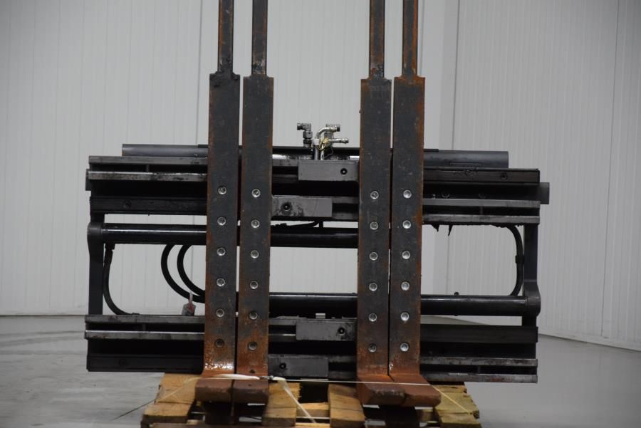 ELM Double pallethandler Attachments www.mtc-forklifts.com