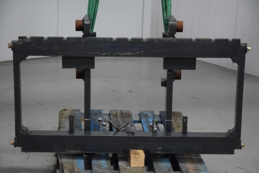 Div integral carriage Attachments www.mtc-forklifts.com
