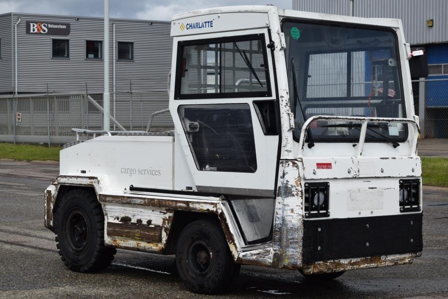 Charlatte T135 Electric platform trucks www.mtc-forklifts.com