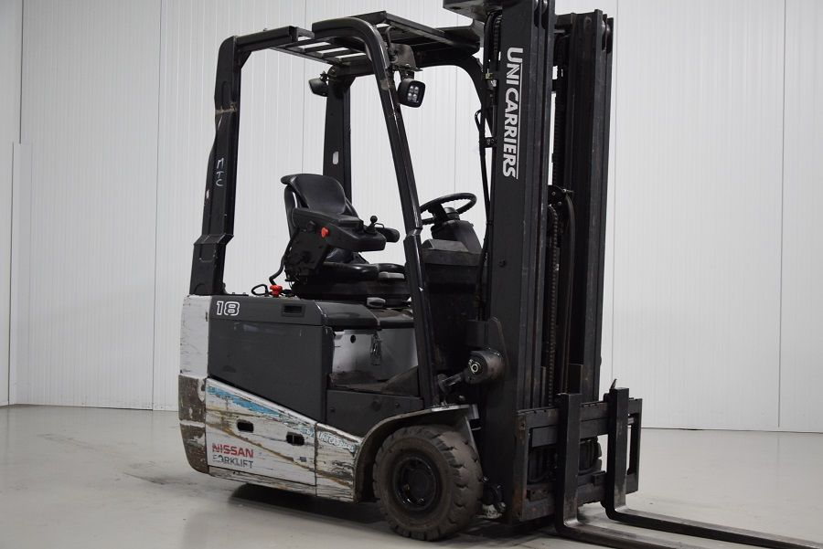 Unicarriers A1N1L18Q Electric 3-wheel forklift www.mtc-forklifts.com