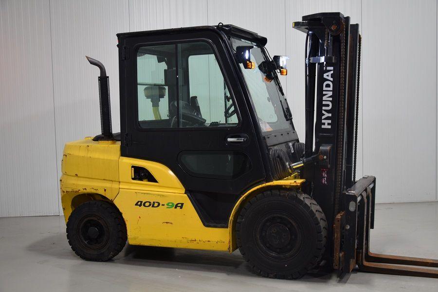 HYUNDAI 40D-9A Diesel Forklift www.mtc-forklifts.com