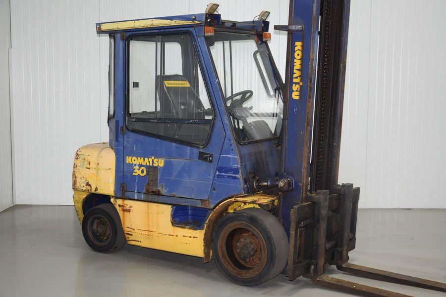 Komatsu FD30T-12 Diesel Forklift www.mtc-forklifts.com