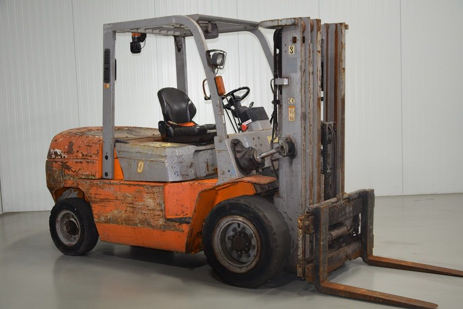 Hangcha CPCD50 Diesel Forklift www.mtc-forklifts.com