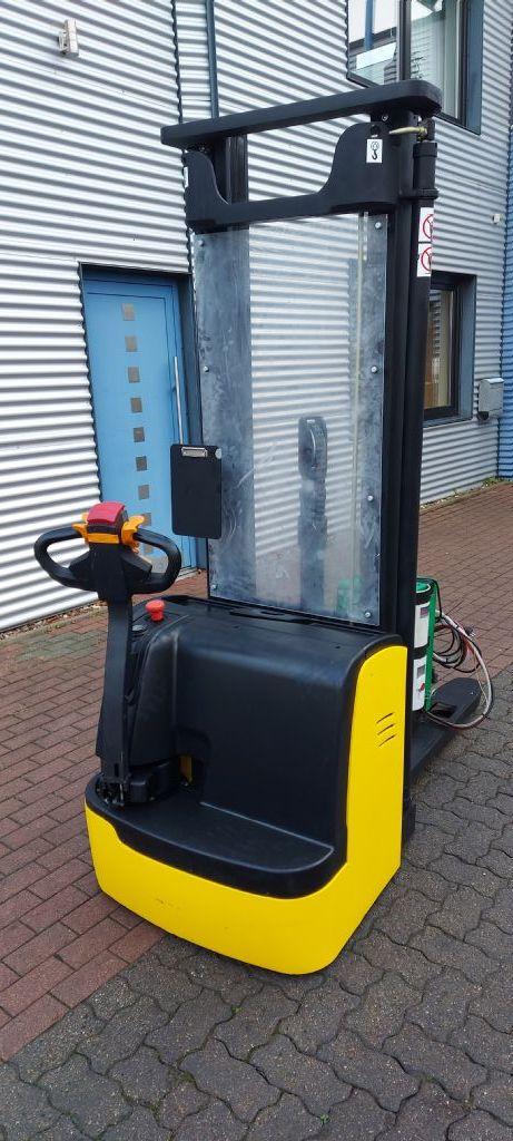 Liugong-CLG2025H-Dieselstapler-www.nikolic-gabelstapler.de