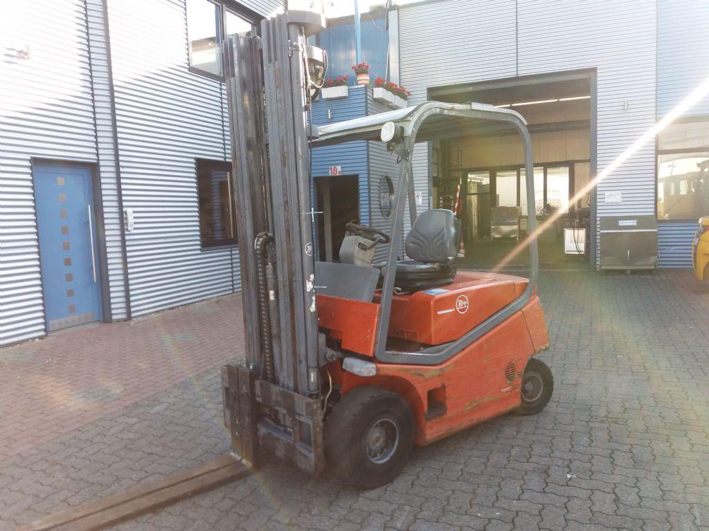BT-CBE2,5-Elektro 4 Rad-Stapler-www.nikolic-gabelstapler.de