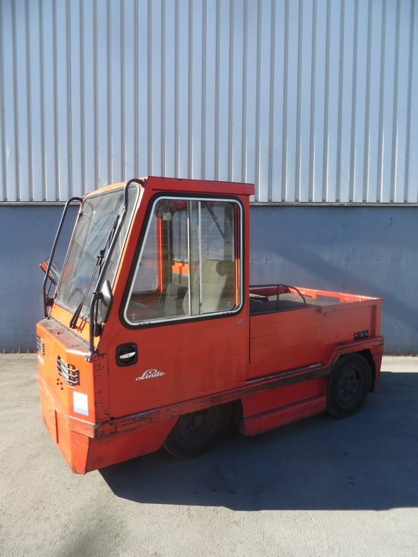 Linde P200-370 Schlepper www.nortruck.de