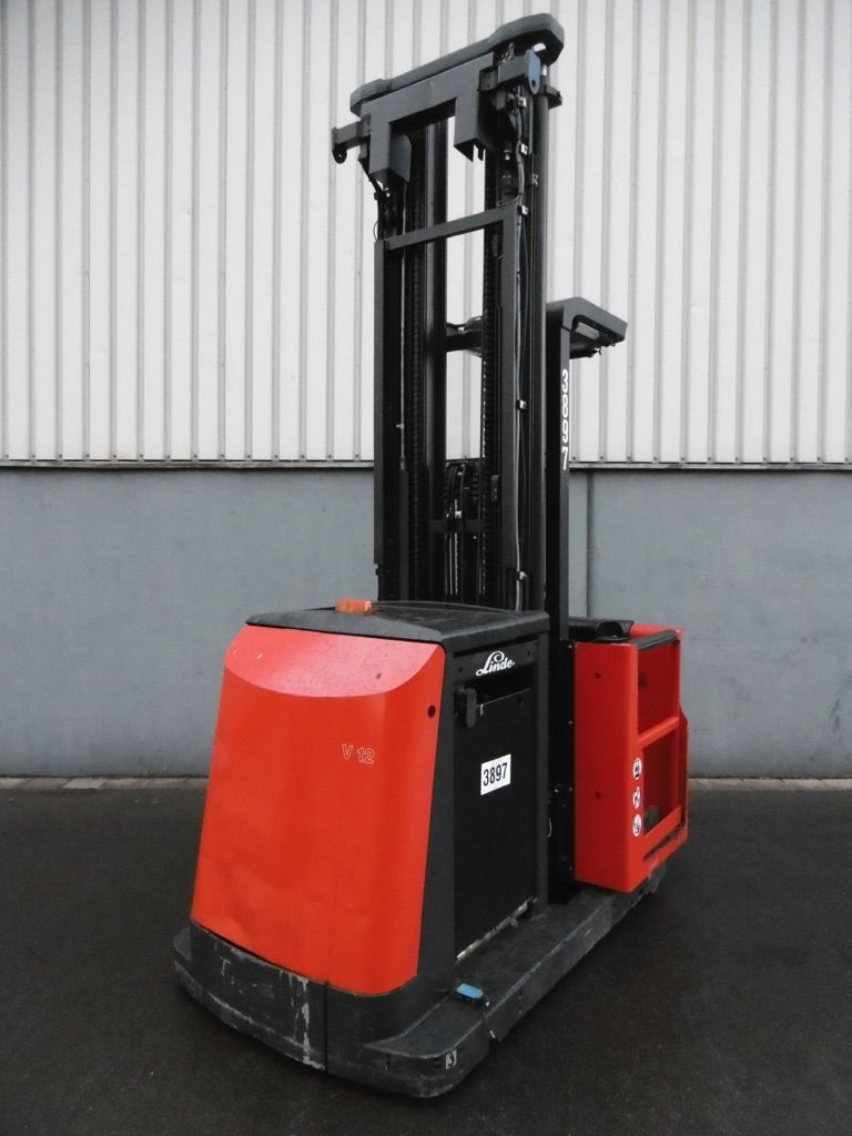 Used High Level Order Picker kg| Used Forklifts by NORTRUCK